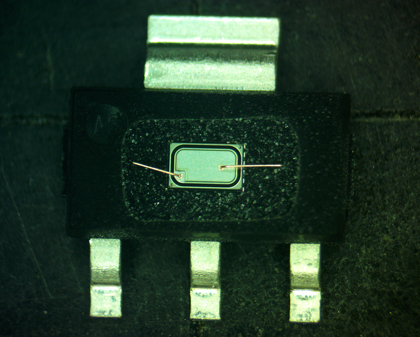 decapsulation-example-copper-wire-sot-223-01